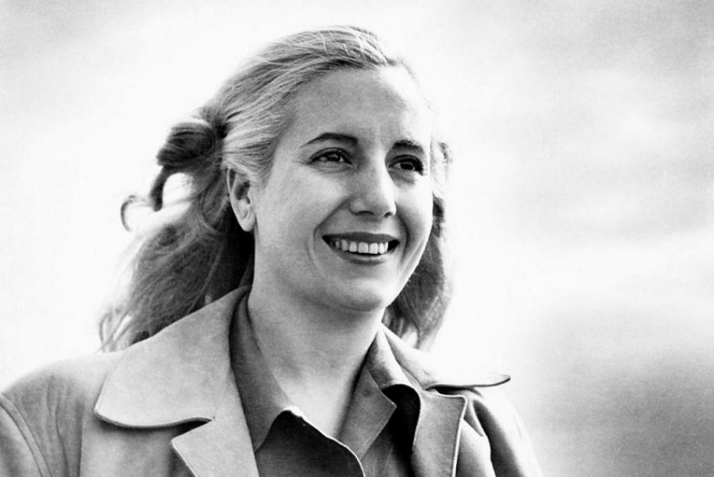 La verdadera historia de la foto más famosa de Evita, a 100 años de su nacimiento
