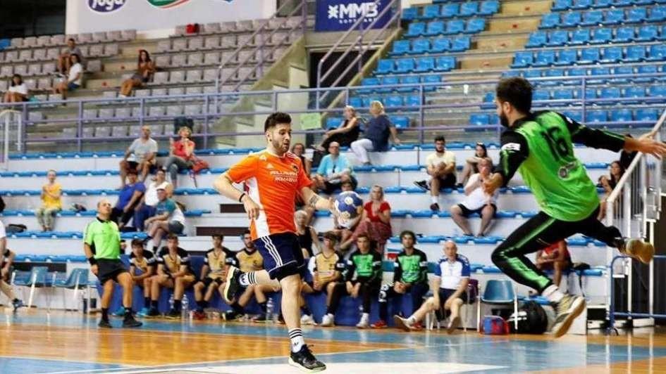Facu García ascendió con Molteno y sueña con seguir trascendiendo en el balonmano europeo