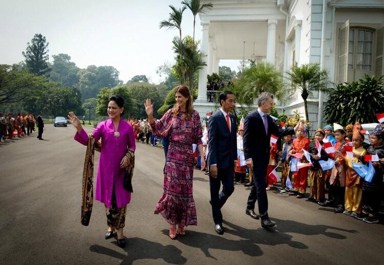 El estilismo de Juliana Awada en Indonesia