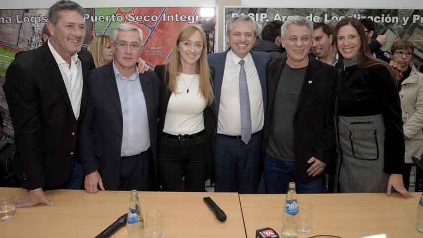 Fernández acusó a Cornejo de destruir la vitivinicultura por correr detrás de Macri