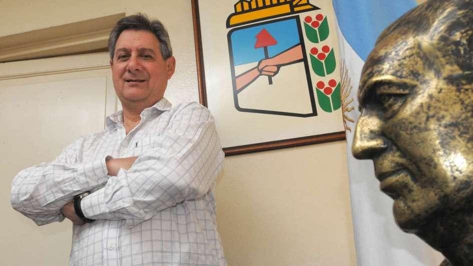 Tras las críticas a Fernández Sagasti, Omar Félix salió al cruce de Suárez